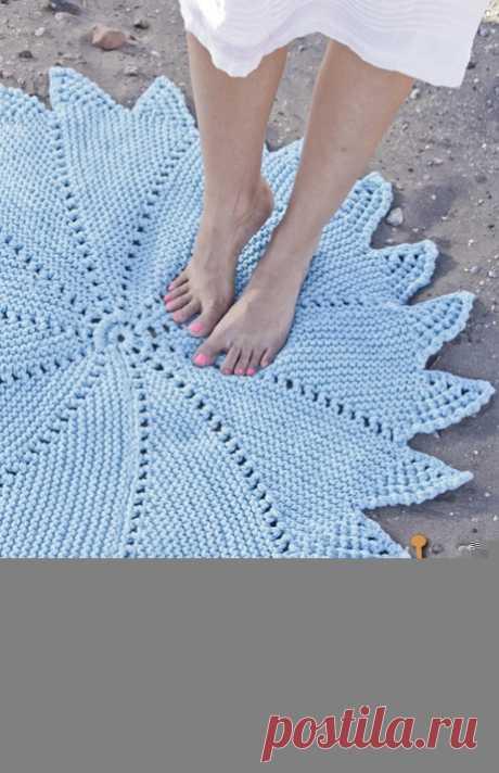 Вязаный спицами коврик Vortex («Вихрь») от Дропс