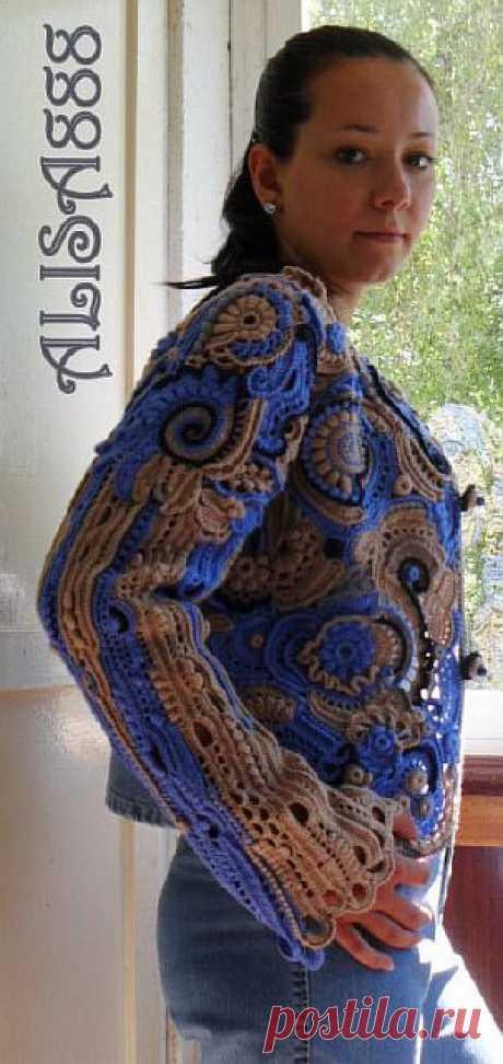 Джинсовая ткань плюс крючок в одежде