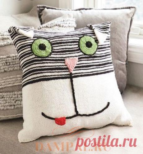 Чехол на детскую квадратную подушку «Cuddly Cat». Спицами. / DAMские PALьчики. ru