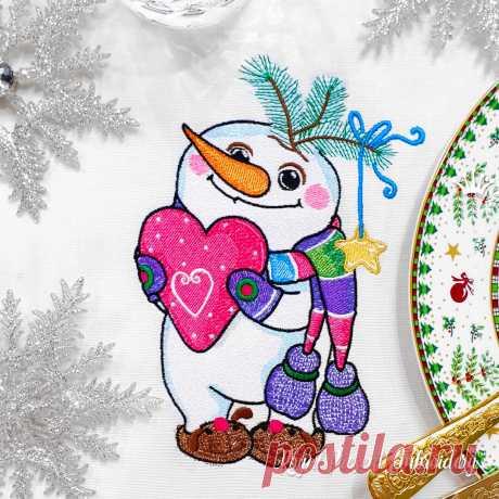 Снеговик с сердечком Дизайн машинной вышивки - 4 размера