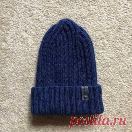 Популярная шапка 2*2 с оригинальной макушкой (Вязание спицами) – Журнал Вдохновение Рукодельницы