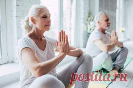 Йога против старения: 10 асан, которые под силу даже новичкам