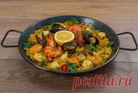 Паэлья с морепродуктами — Sloosh – кулинарные рецепты