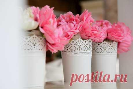 Простое и красивое решение для вазочек с цветами