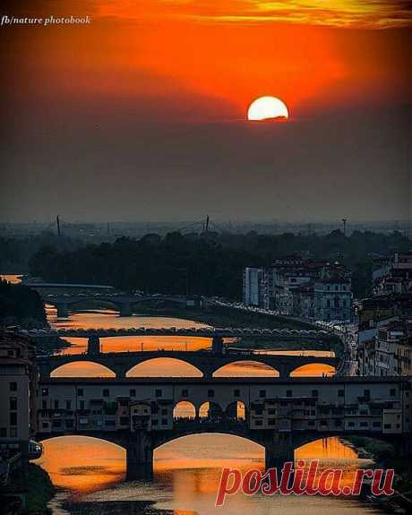 Sunsets Florence Italy. Tuscany | Fotos