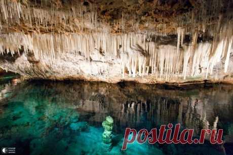 Кристаллические пещеры - самые известные пещеры на Бермудских островах в Карибском море