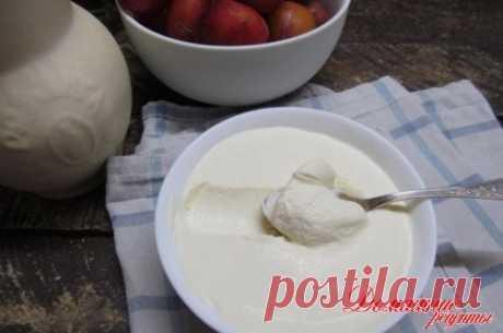 Сливочный сыр часто встречается в рецептах, а купить его можно не всегда и не везде. А вот приготовить сыр в домашних условиях можно просто и быстро. Вам точно понравится.