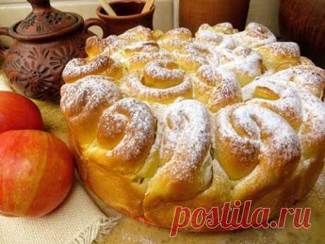Домашний яблочный пирог на дрожжевом тесте / Вкусная выпечка