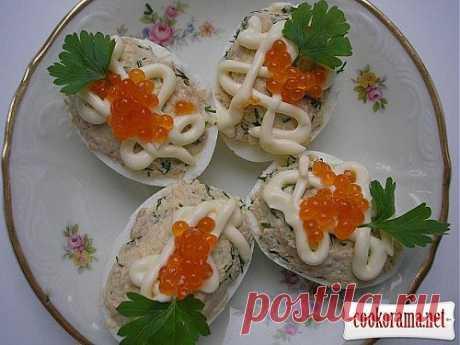 Яйца фаршированные тунцом / Блюда из яиц / Кукорама — вкусные рецепты!