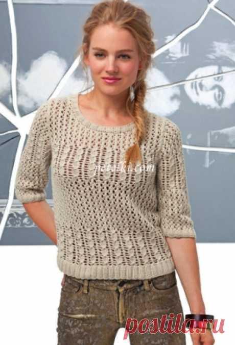 Пуловер с ажуром и косами