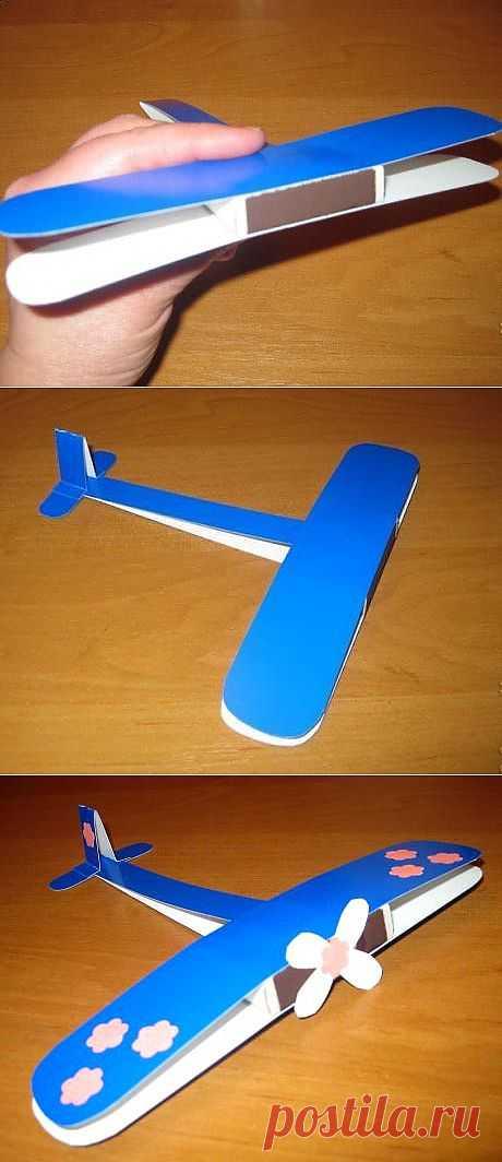 Поделка самолёт