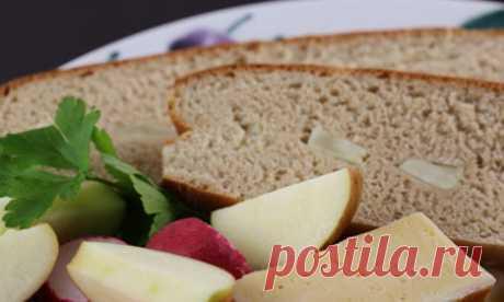 Шведский ржаной хлеб с яблоками