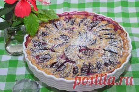 Como preparar klafuti con las ciruelas - la receta, los ingredientes y las fotografías