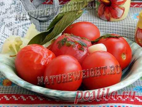 Малосольные помидоры с чесноком и зеленью: рецепт быстрого приготовления Быстрый рецепт приготовления малосольных помидоров с чесноком и зеленью в рассоле: подробная инструкция с дельными рекомендациями и пошаговыми фото.