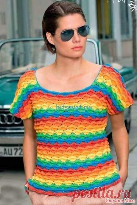 . Радужный пуловер красивым узором. Этот пуловер хорош как в ярких радужных красках так и в однотонном варианте. И все благодаря декоративному рельефному узору. Размеры пуловера: 36/38 (40/42) 44/46.
