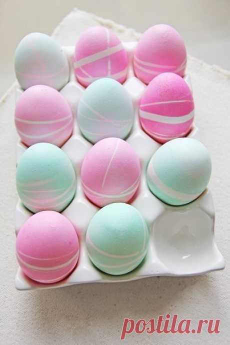 Узорчатые пасхальные яйца.