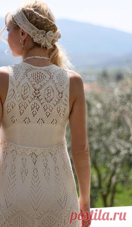Необыкновенно красивое платье