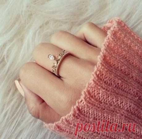 Что означает ношение кольца на среднем пальце? / Мистика
