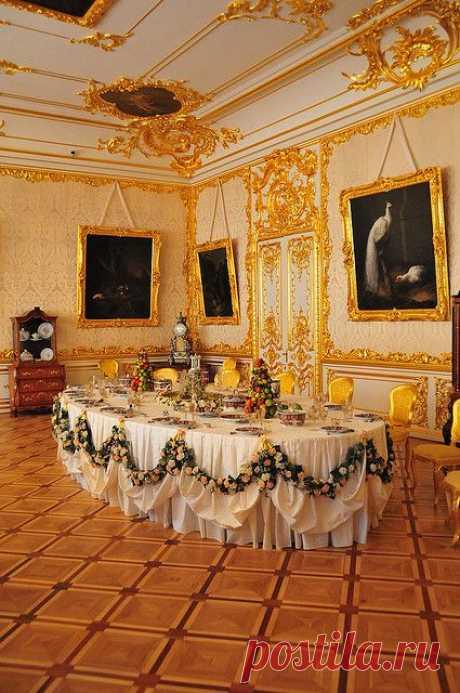 Entertaining Room - Catherine Palace, Tsarskoye Selo, Russia\u000d\u000aDe jhuffmanPhotography   Pinterest • el catálogo Mundial de las ideas