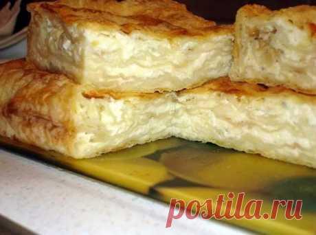 Очень простой рецепт пирога из лаваша с сыром и творогом. Если вы хотите приготовить вкусный пирог из лаваша с сыром и творогом, вам стоит воспользоваться советами, предоставленными в нашей статье.