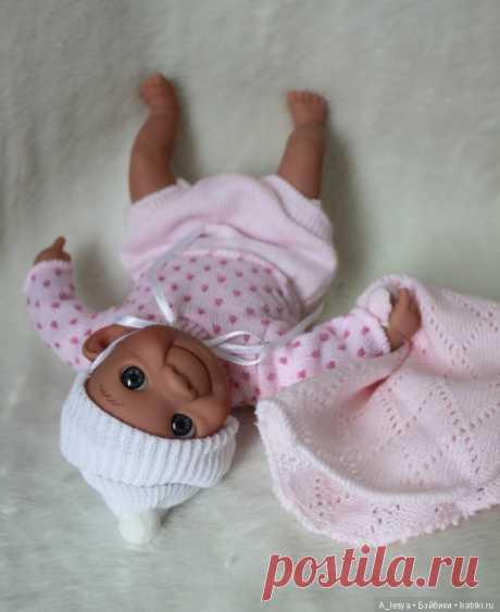 Куколка caritos 23 см от испанского производителя Lamagik (улыбашка) / Игровые куклы / Шопик. Продать купить куклу / Бэйбики. Куклы фото. Одежда для кукол