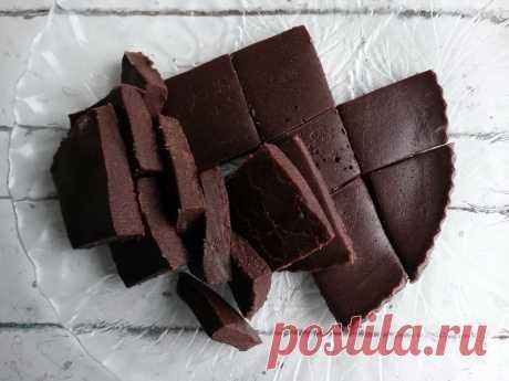 Шоколадный фадж - настоящая находка от английских кондитеров, часто спасает меня, когда хочется чего-то вкусненького - Пир во время езды