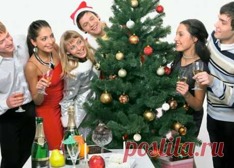 Новогодние конкурсы и игры – 5 веселых сценарий для празднования Нового года Новогодние игры и конкурсы: весело-весело встретим Новый год! Подборка забавных, веселых и интересных конкурсов для новогодней вечеринки дома или на работе. Включите их в сценарий празднования Нового года 2020 – веселье запомнится надолго. Чтобы Новый год стал по-настоящему веселым и запоминающимся, отмечайте его не только за обильно накрытым столом. Обязательно организуйте танцы и развлечения. Вк...