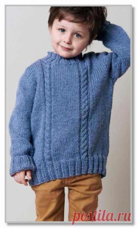 Вязание спицами. Описание детской модели со схемой и выкройкой. Пуловер с центральными косами, для мальчика. Размер: на 2 [4, 6, 8, 10] лет