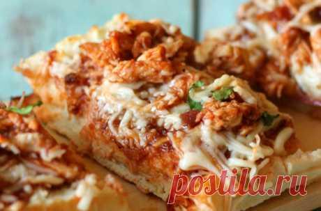 Рецепт пиццы с курицей в хрустящем багете