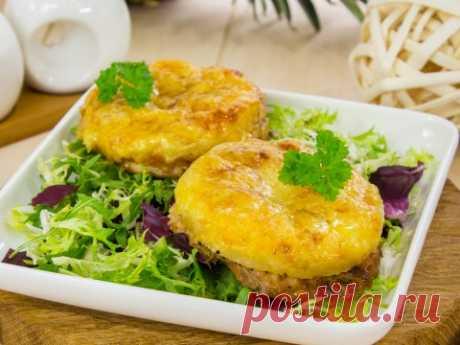 Куриное филе, запеченное с ананасами и сыром