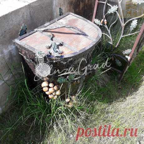 Кованая урна для мусора