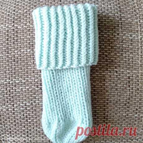 Безразмерные носки без пятки спицами - простые, как 3 рубля! И немножко про детективы | Записки Спицеманьяка | Яндекс Дзен