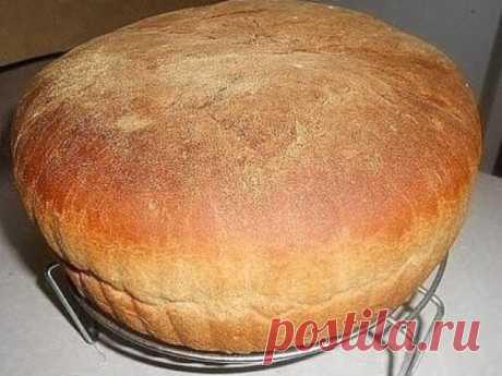 Любимый семейный рецепт домашнего хлеба! Печем наверное уже лет 50! - Все своими руками Ингредиенты: - 650 мл теплой воды - 2,5 ч.л. сухих дрожжей - 1 ч.л. сахара - 2 ч.л. соли - 1 кг муки Приготовление: В большой миске смешиваем все