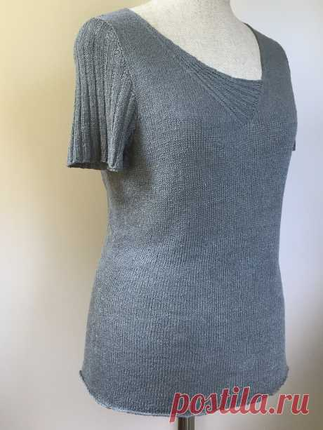 The top with asymmetric cut of Sel Gris is Вяжи.ру
