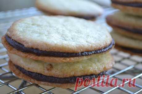 Vanilla Sandwich Cookies | вид с Большого острова