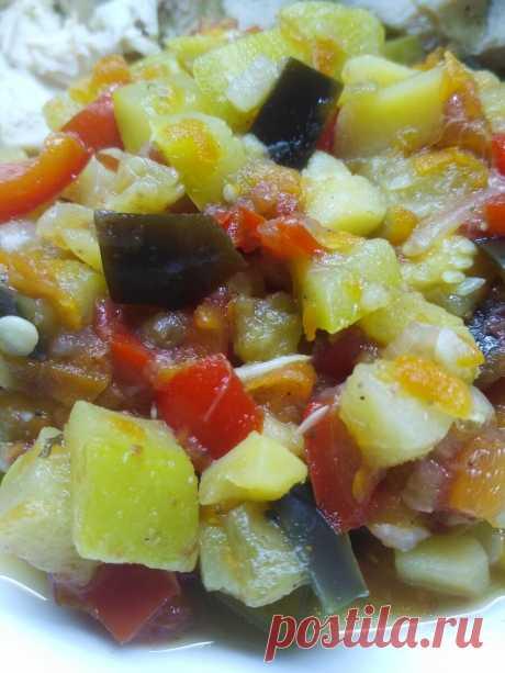 """Рецепт овощного рагу - очень вкусно и малокалорийно.   """"ОколоПП""""    Яндекс Дзен"""