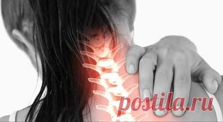 Спондилез также известен как остеоартроз позвоночника. Это заболевание является общим и обычно не тяжелым, хотя оно может быть весьма болезненным. Спондилез позвоночника — дегенеративное состояние, которое может ухудшаться по мере старения человека. Он может поражать любой отдел позвоночника: шейный, грудной, поясничный или пояснично-крестцовый. Большинство пациентов страдающих от спондилеза не требуют хирургического вмешательства.