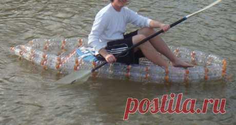 Делаем лодку из пластиковых бутылок | Своими руками Как то раз я увидел видео, в котором один парень сделал подобную лодку, не найдя инструкции я решил сделать ее сам :)  Отличный вариант