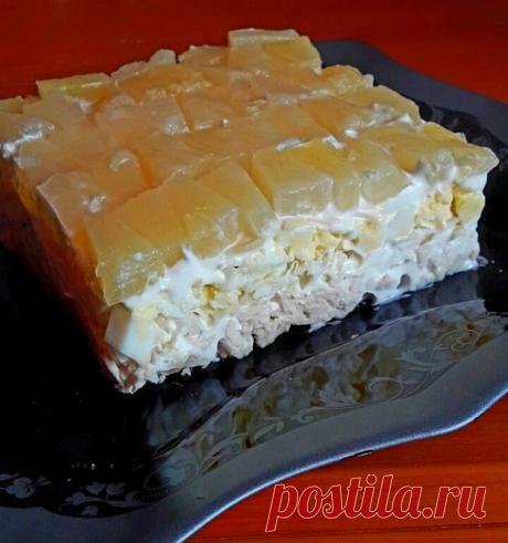 Салат с курицей и ананасом - Простые рецепты Овкусе.ру