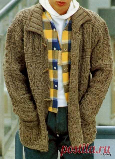 Вязание спицами - теплая кофта, араны.