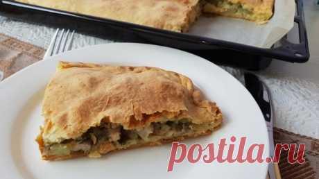 Сытный пирог с курицей и луком — Sloosh – кулинарные рецепты