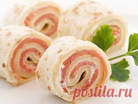 Рулеты и рулетики из лаваша: самые вкусные рецепты простой закуски / Простые рецепты
