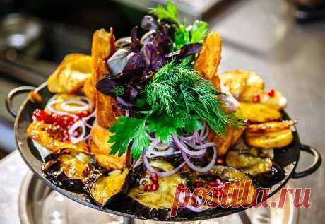 Настоящее мужское блюдо: азербайджанский садж кебаб | Ешь с умом! 🌊 | Яндекс Дзен