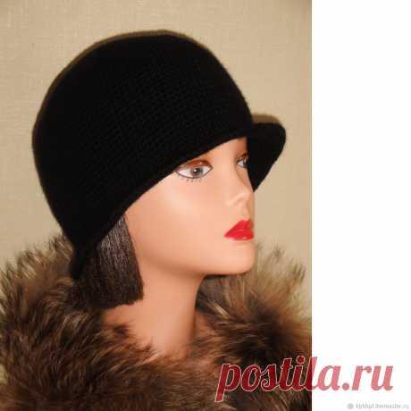 Вязаная шляпа клоше – купить в интернет-магазине на Ярмарке Мастеров с доставкой Вязаная шляпа клоше - купить или заказать в интернет-магазине на Ярмарке Мастеров | Стильная и элегантная чёрная вязаная шляпа клоше…