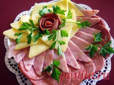 Идеи оформления мясной нарезки на праздничный стол!