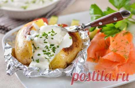 Печеная картошка с начинками: вкус запоминается и хочется еще