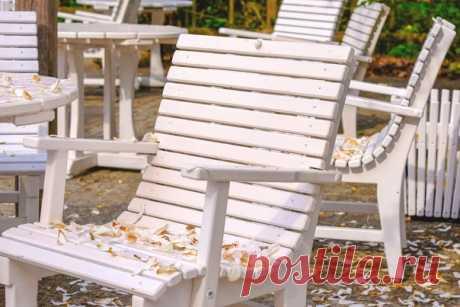 Деревянный дачный стул