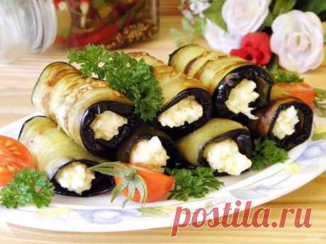 Рулетики из баклажанов с сыром и чесноком — Sloosh – кулинарные рецепты