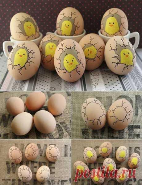 Как за считанные минуты родителям с детьми покрасить яйца к празднику Пасхи