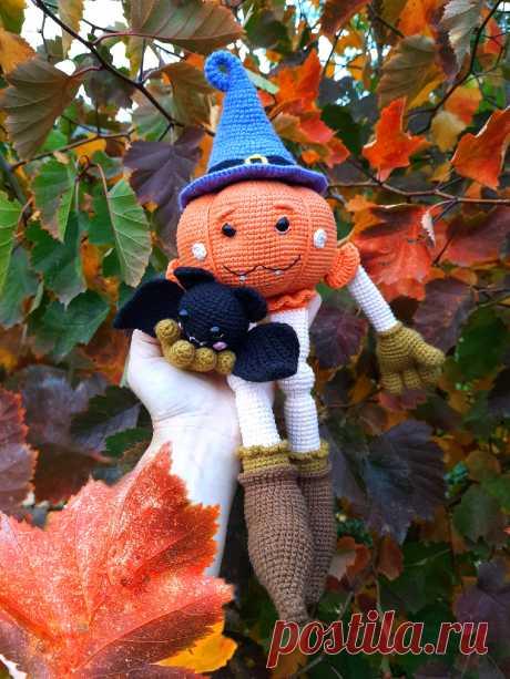PDF Тыковка Boo крючком. FREE crochet pattern; Аmigurumi vegetable patterns. Амигуруми схемы и описания на русском. Вязаные игрушки и поделки своими руками #amimore - тыква, овощ, кукла, хэллоуин.